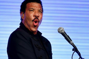 Uckfield Picture House : Lionel Ritchie at Glastonbury