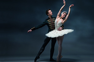 Hawkhurst : Royal Ballet: Swan Lake